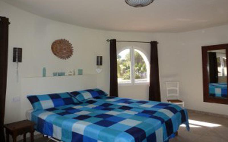 Slaapkamer aangepast vankanthuis Villa Los Leones